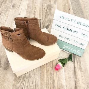 AMERICAN EAGLE | Brown Ankle Boots